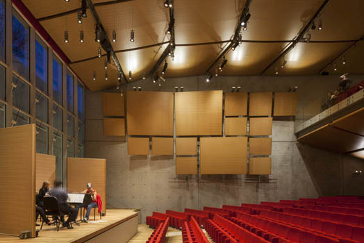 Kimbell Art Museum's new building designed by Ar. Renzo Piano.