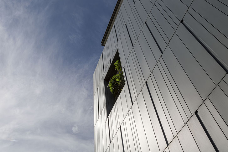 Metal facade Todd Residence Cityspace82Architects indiaartndesign