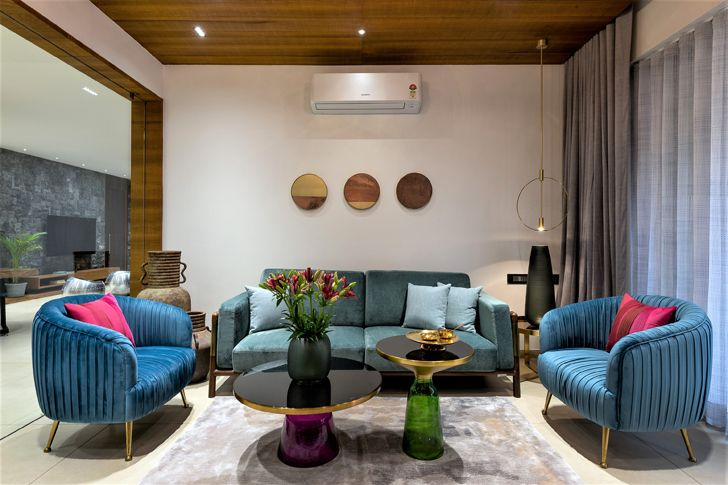 lounge Ahmedabad home tHEgRIDArchitects indiaartndesign